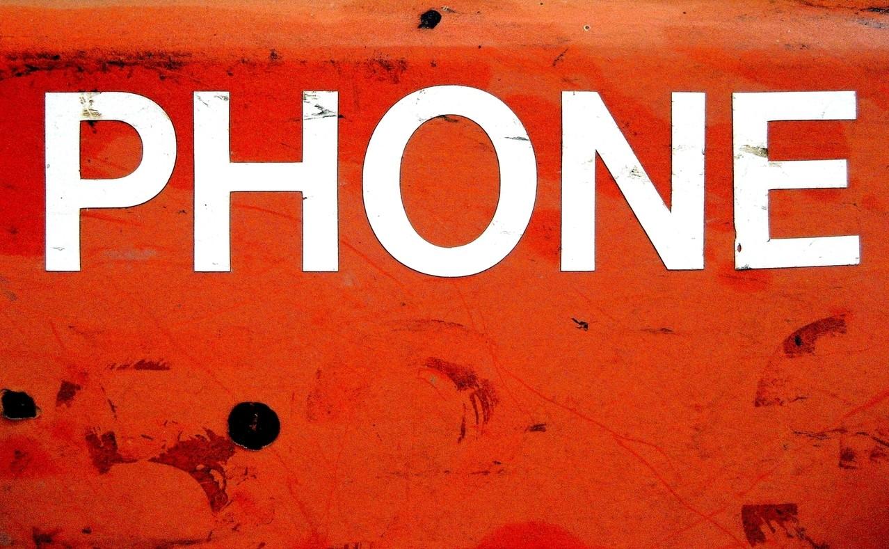 telefon_zamiast_aparatu.jpg